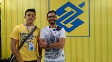 Registro do estudante e professor durante a Campus Party