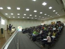 O público-alvo do evento foram os estudantes dos cursos técnicos integrados e dos cursos superiores de Engenharia Agronômica e Computação